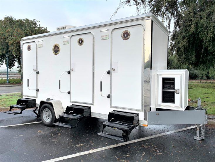 Luxury III Restroom Trailer